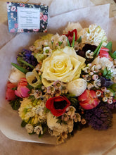 Country Chic @ Alderley Edge - Spring Posy
