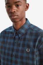 Load image into Gallery viewer, Fred Perry Midnight Blue Tartan Shirt M7557 - 963