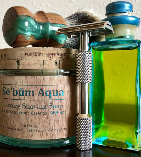 Sē'bŭm Aqua Luxury Shaving Set