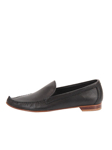 Womens Black Leather Kellie Pointed Toe Flat 2