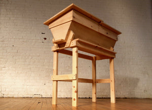 TOP BAR HIVE INTEGRATED STAND