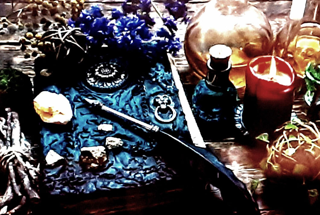 A Winter's Tarot Spell: Protection