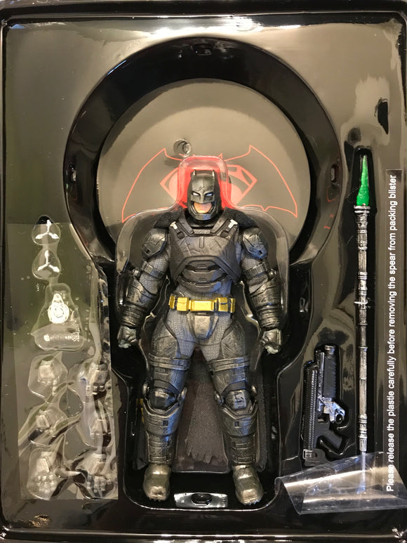 Mezco dawn of justice armored batman