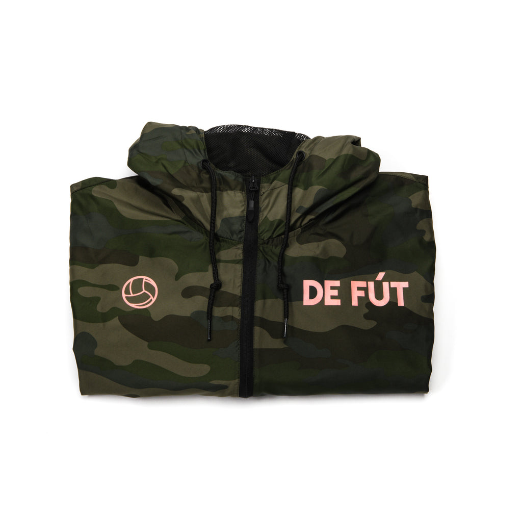 DE FÚT Signature Windbreaker - Camo | Iconic look, modern feel.