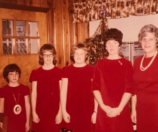 Share a Retro Holiday Photo, Enter to Win!