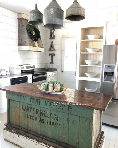 The Farmhouse 31 spring kitchen decor is gorgeous!