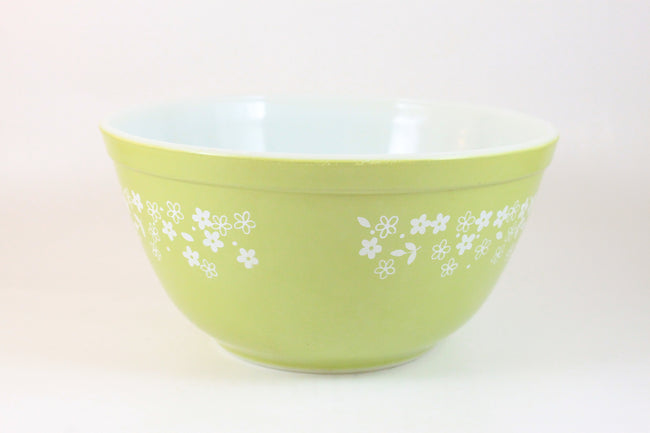Pick the Scent - Lime Green Crazy Daisy Pyrex Bowl Candle