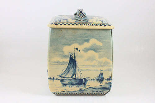 Pick the Scent - Curved Holland Boat Tin Candle