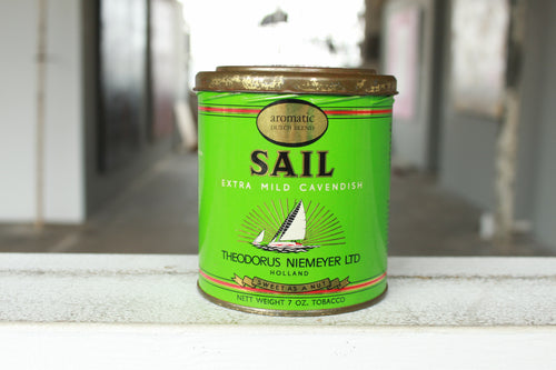 Pick the Scent - Green Sail Tobacco Tin Candle