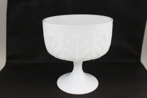 Pick the Scent - Milk Glass Oak Leaf Glass Candle