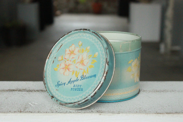 Pick the Scent - Vintage Beauty Tin Candle