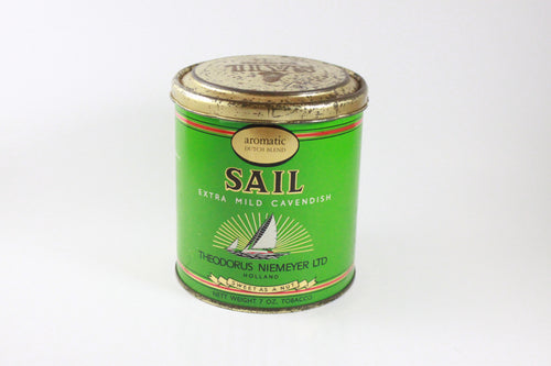 Pick the Scent - Sail Tobacco Tin Candle