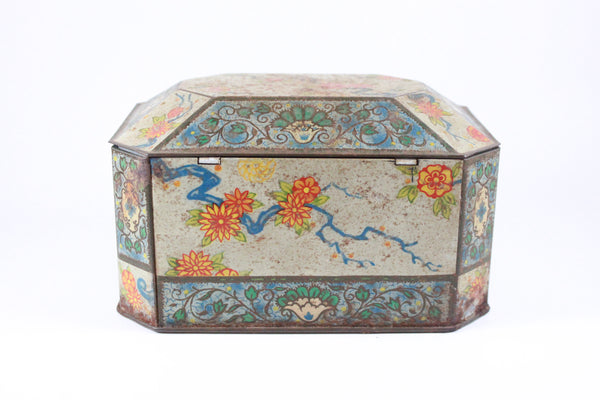Pick the Scent - Oriental Floral Tin Candle