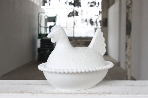 Pick the Scent - Milk Glass Hen Candy Dish Candle