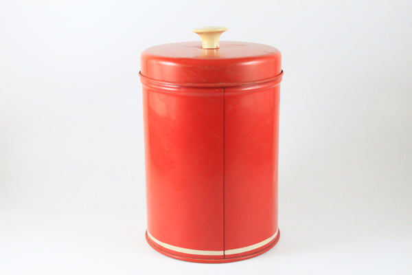 Pick the Scent - Retro Fruit Basket Tin Candle