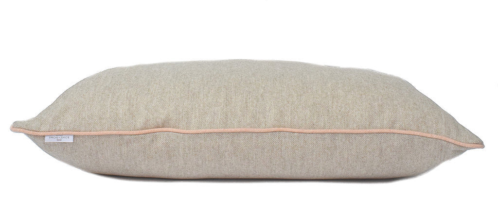 "<img src=""luxurywooldogbed.jpg"" alt=""luxury wool dog bed stockwell lounger Bone & Home"">"
