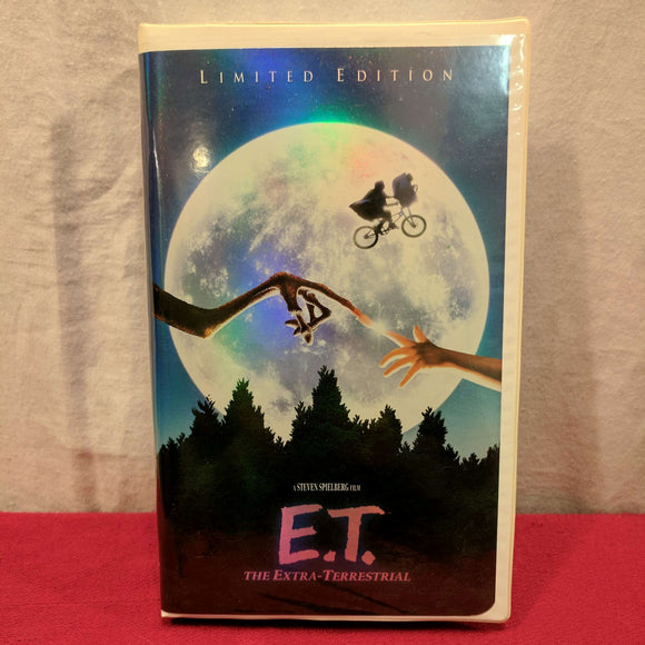 E.T. The Extra-Terrestrial (Limited Edition)