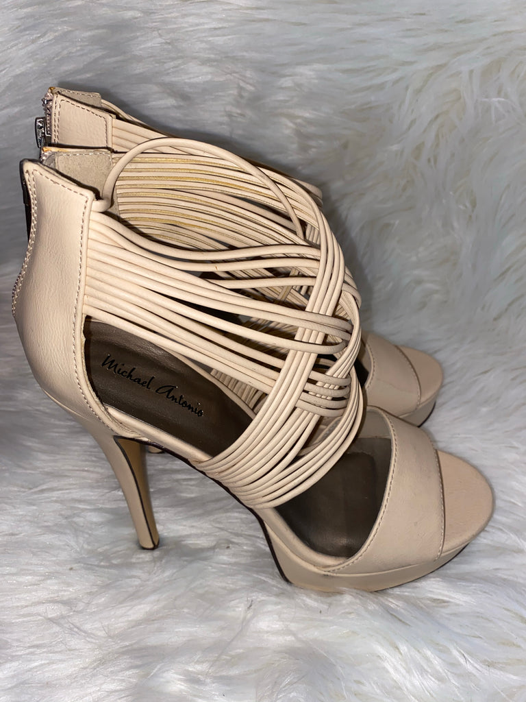 WHITE ROPE HEELS  ~ SIZE 9