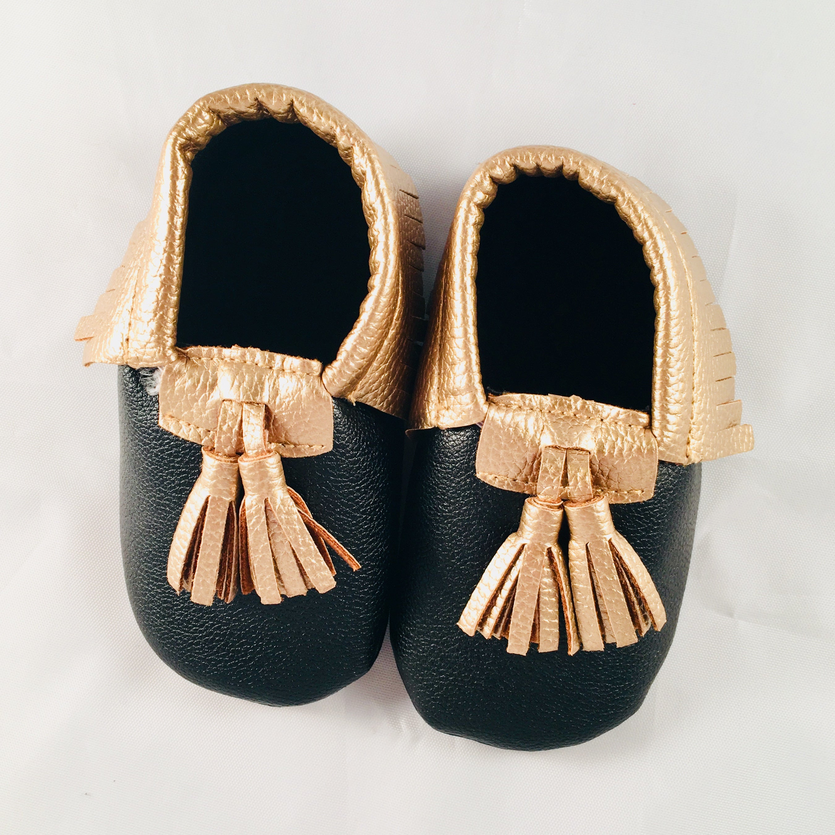 Nee & Co Moccasins - BumbleBox