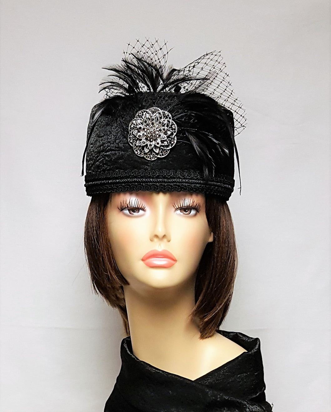 Ladies Black Pill Box Crown Hat