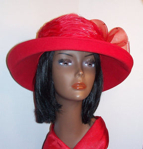 Ladies Red 100/% Wool Felt Hat.