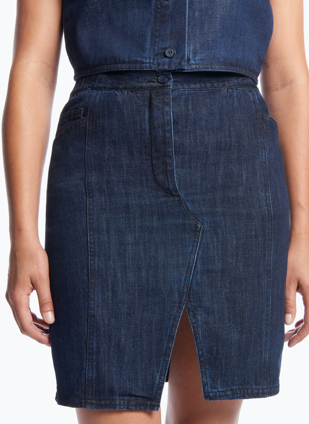5-Pocket Skirt with Front Cuts in Stoned Denim