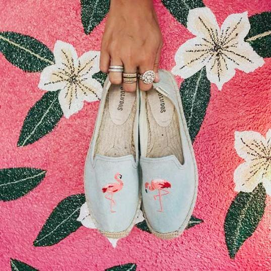 Soludos - Flamingo Embroidered Smoking Slipper
