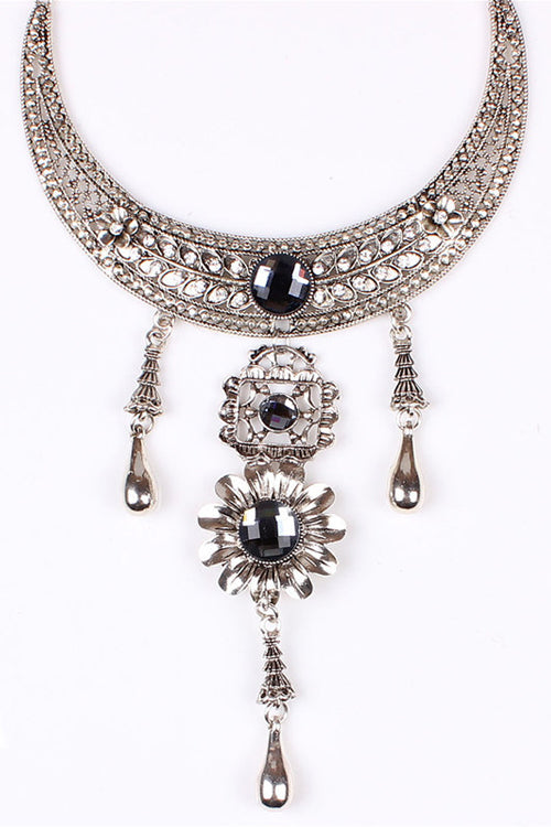 Vintage Crystal Silver Necklace