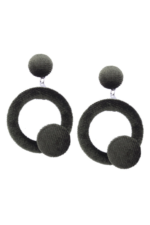 Flannel Ring Lovely Earrings