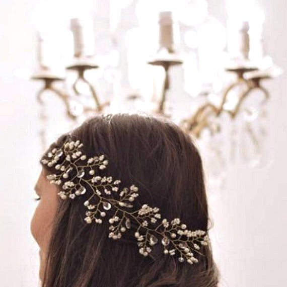Pearl Crystal Bridal Hair Vine. Wedding Hair Vine. Bridal Hair Wreath. Wedding Headpiece. Pearl Flower Headdress. Bridal Hairpiece.