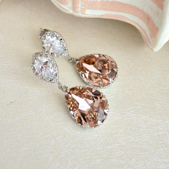 Vintage Rose Swarovski Crystal Teardrop Bridal Earrings, Blush Crystal Drop Wedding Earrings. Bridemaids Jewelry. Blush Bridal Wedding.