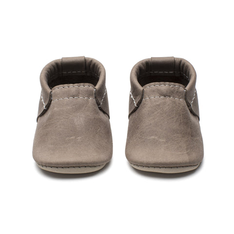Driftwood Mini Shoe - Size 2 (3-9m)