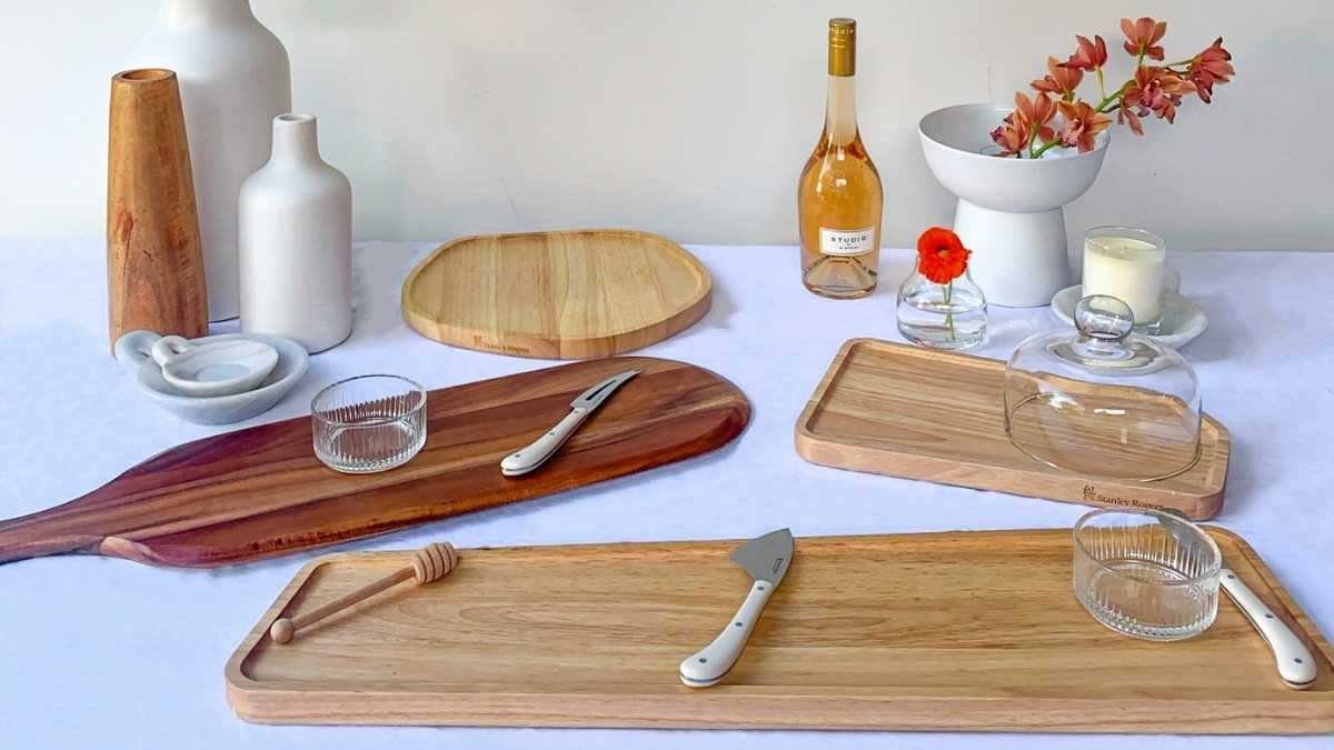 Select a serving board