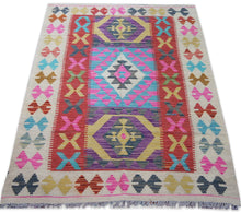 Load image into Gallery viewer, SG-0015 Kilim