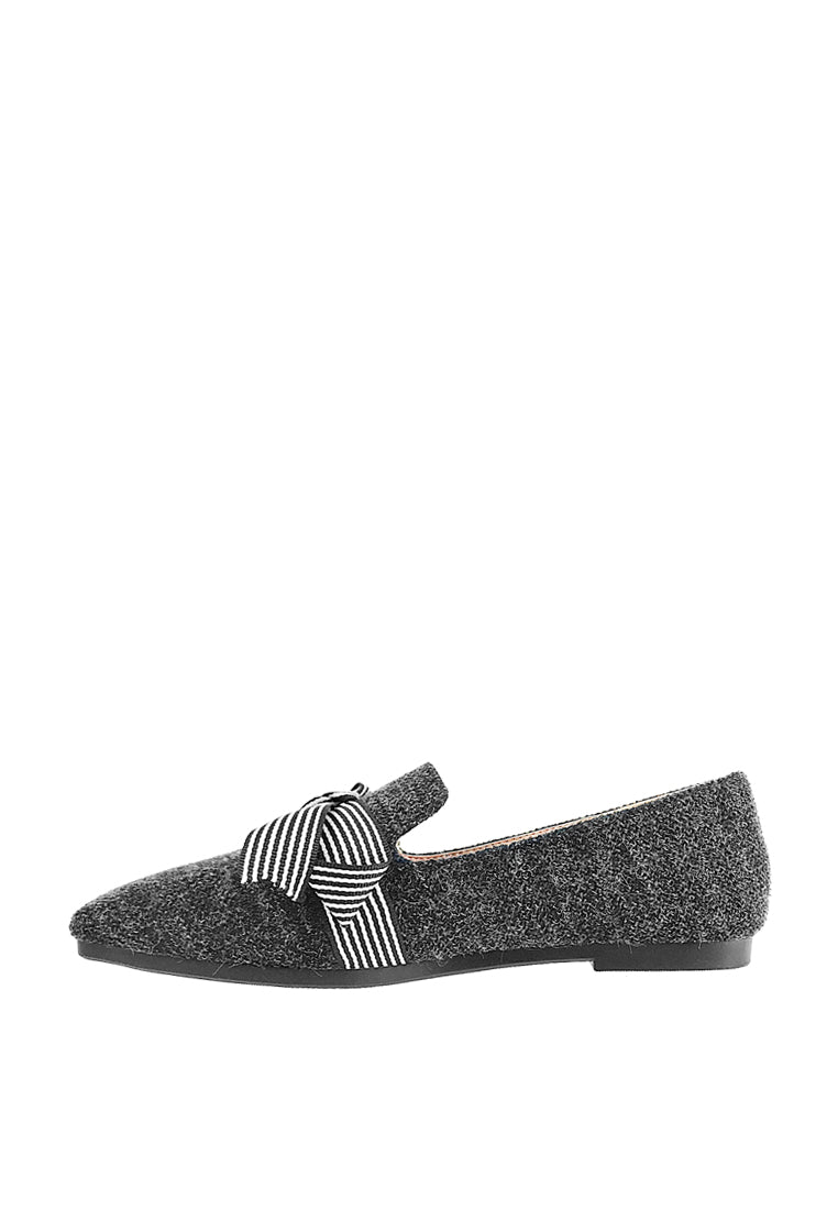 Oversized Ribbon Knot Loafers