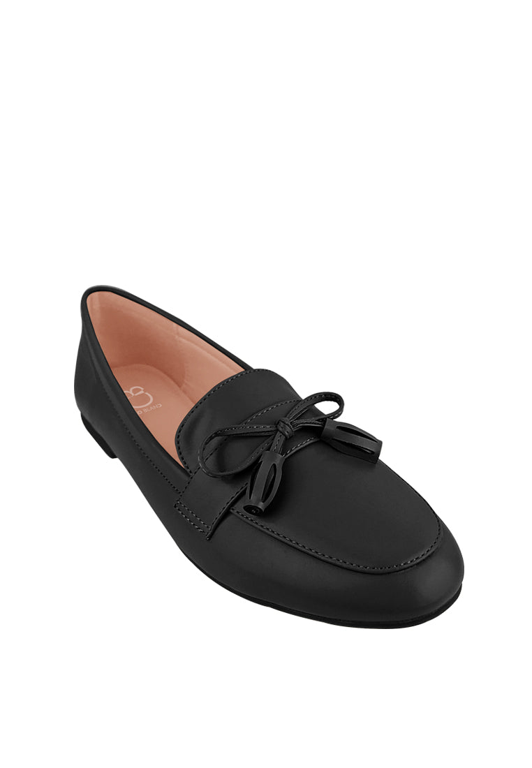 Loafers with Ribbon Tassels