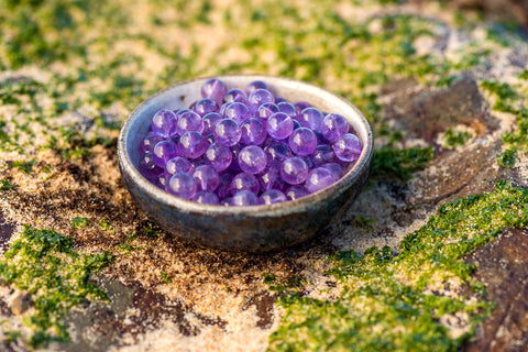 Amethyst has vast psychic powers and promotes wisdom and growth on the spiritual level. It is excellent for alleviating migraines and overcoming addictions. Along with spiritual practice and visualisations, Amethyst connects us to our higher purpose, and helps to access higher levels of consciousness.