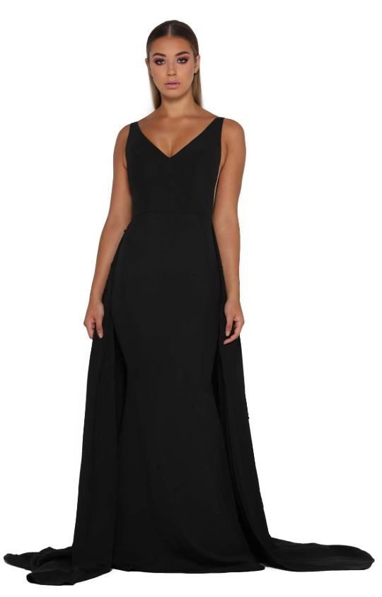 ENDORA GOWN VEE BLACK