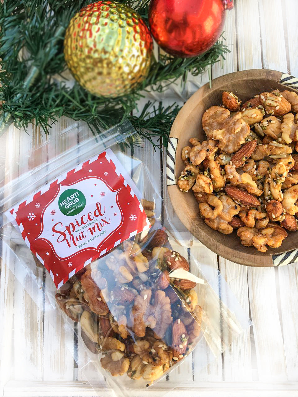 FESTIVE SPICED NUTS