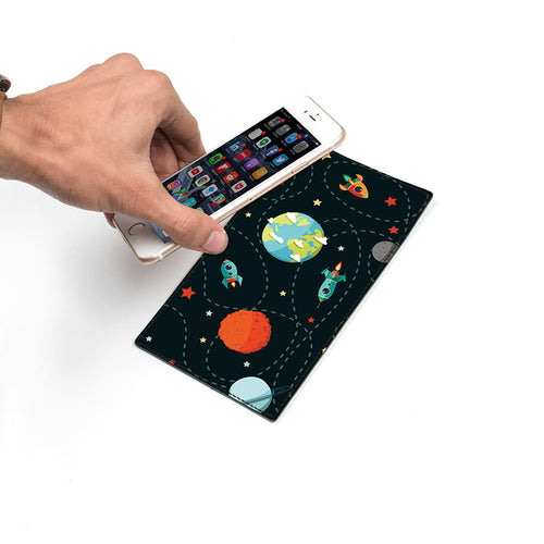 Planet-Party_Smartphone-Pad_1.jpg