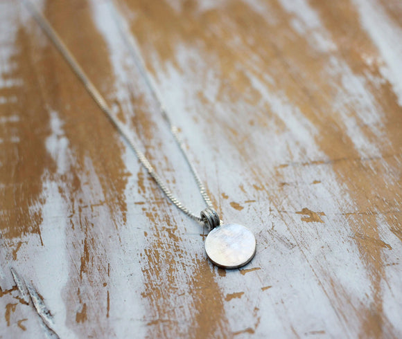 full moon short simple silver necklace