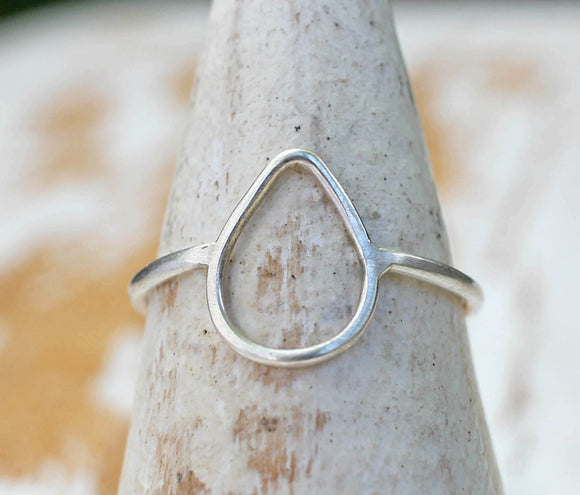 teardrop shaped silver ring