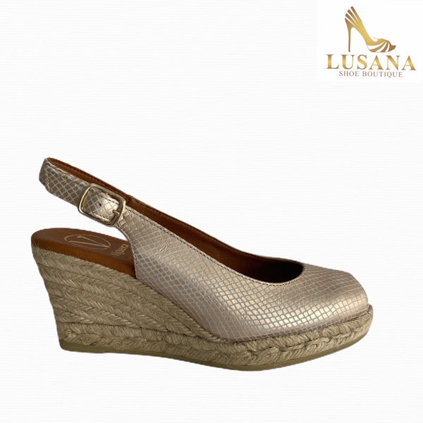 Viguera Gold Peep Toe Wedge