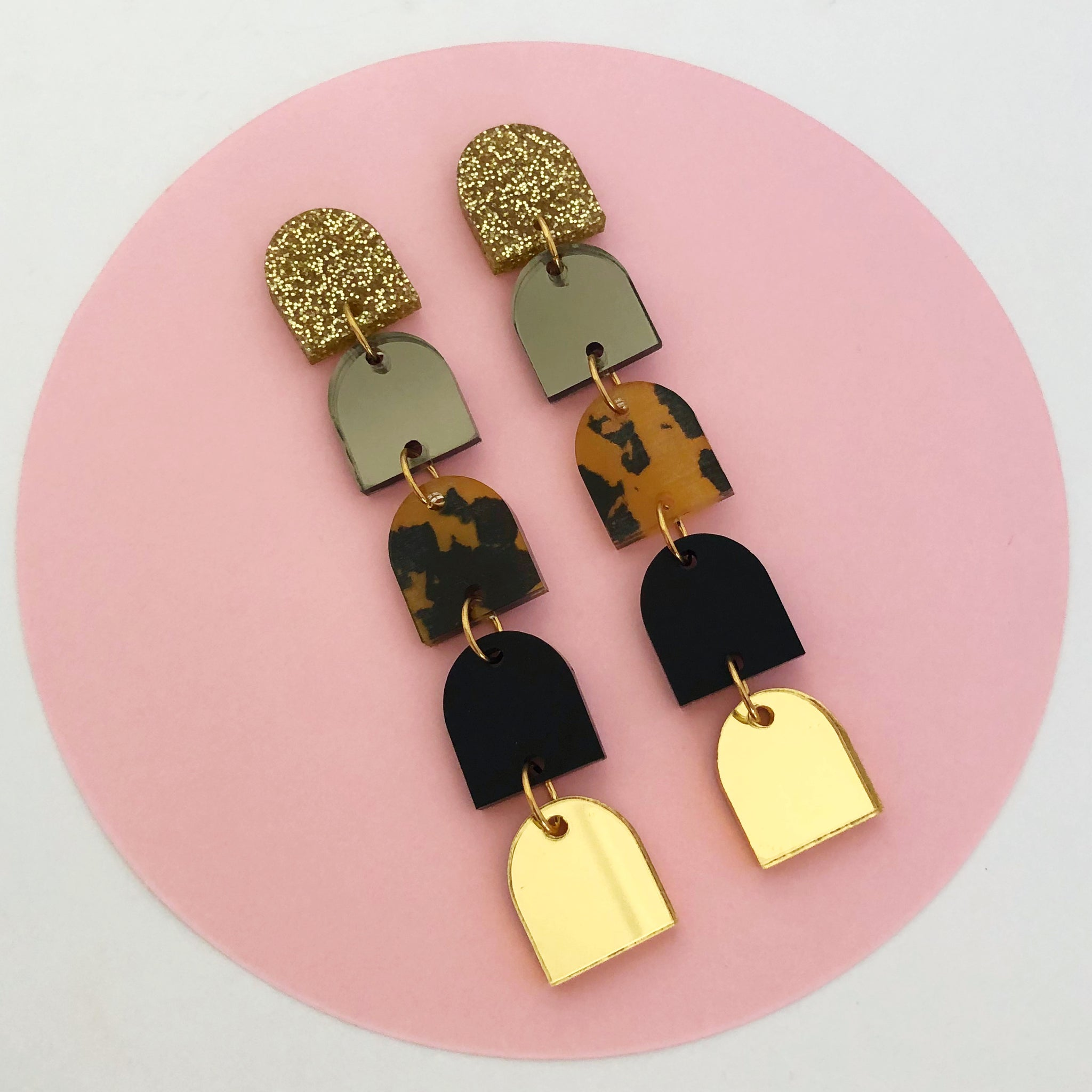 'Party Poppers' 5 TIER Dangles (Gold/Blk)