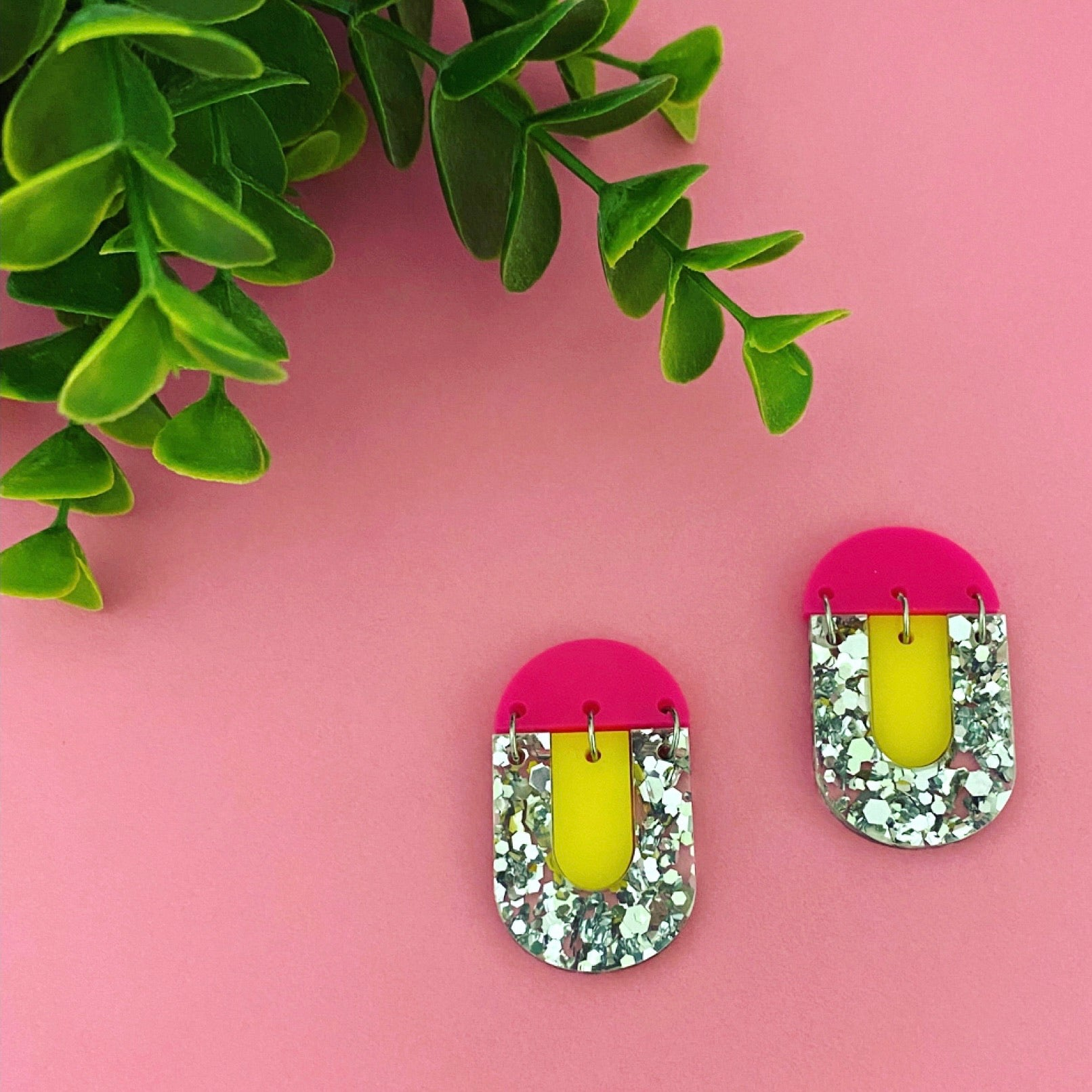 'Kiki' Dangle - Silver Glitter/ Yellow/ Hot Pink