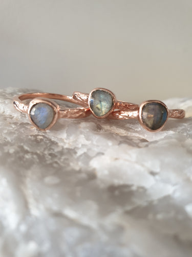 Ring - Labradorite twine in Rose Gold