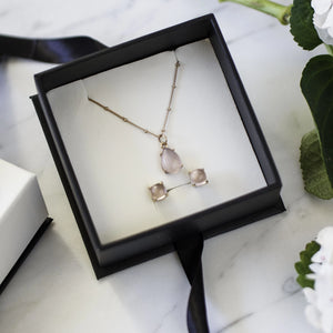 Sets - Rose Quartz Rose Gold Necklace with Stud Earrings