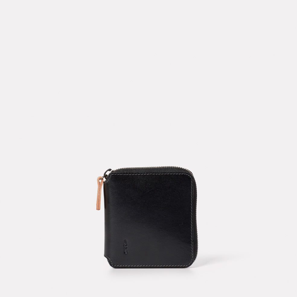 Axel Leather Zip Round Wallet in Black