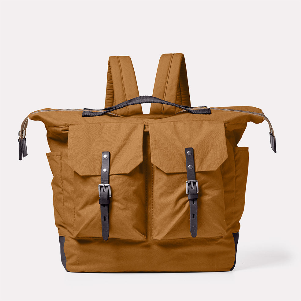 Frank Large Waxed Cotton Rucksack in Breen