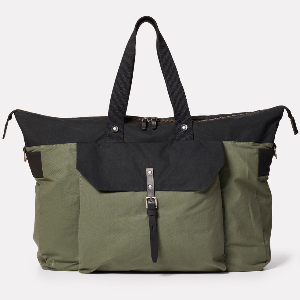 Freddie Waxed Cotton Holdall in Black and Olive